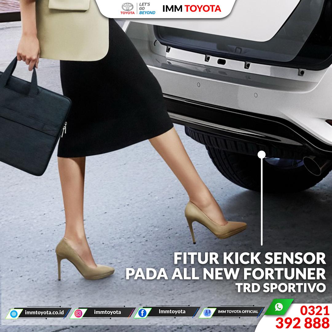 Fitur Kick Sensor All New Fortuner TRD Sportivo