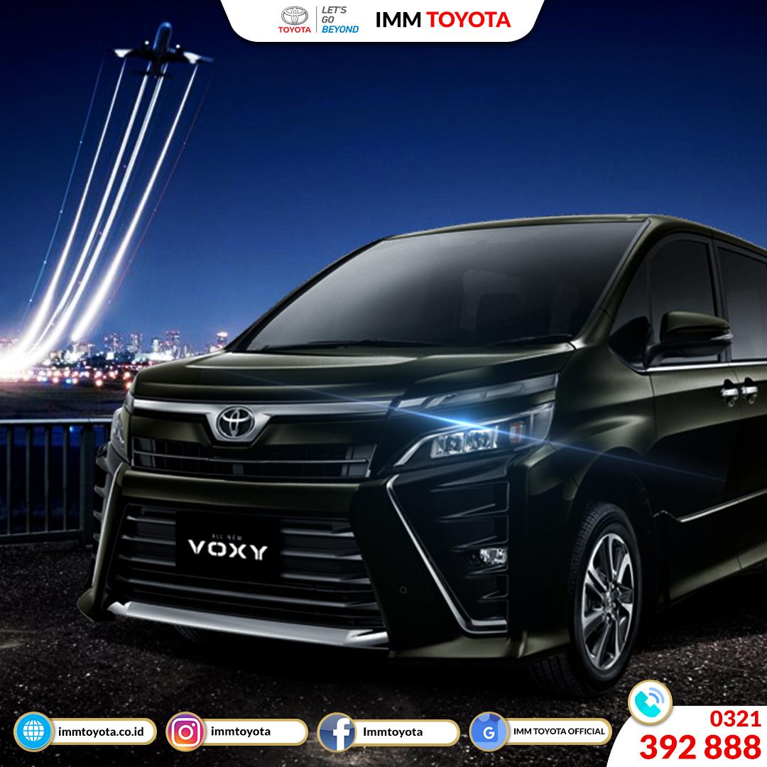 Toyota Voxy! Mobil Keluarga Premium Yang Mewah Dan Berkelas.