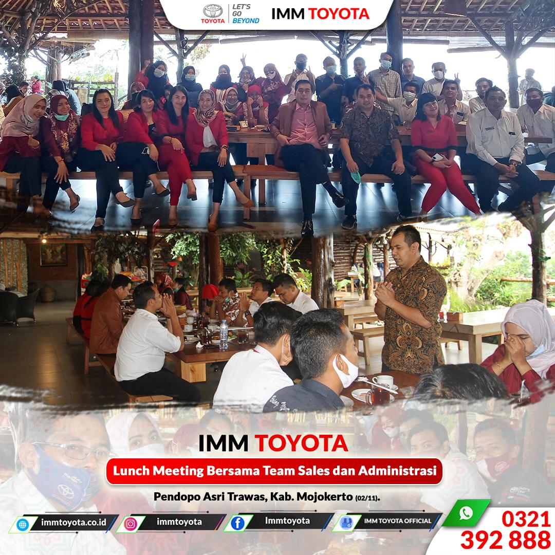 Lunch Meeting Bersama Team Sales & Administrasi
